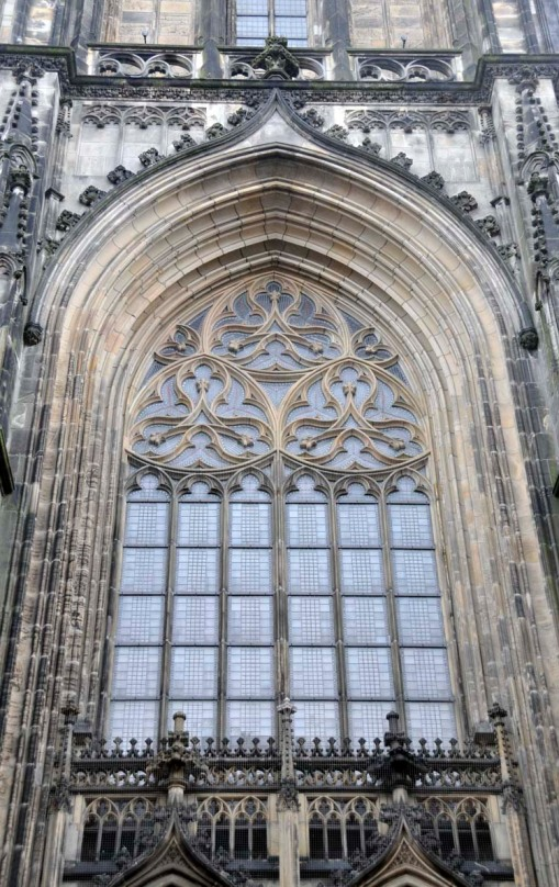 part of the elaborate gothic decoration over the main front doors of the St. Lamberti church