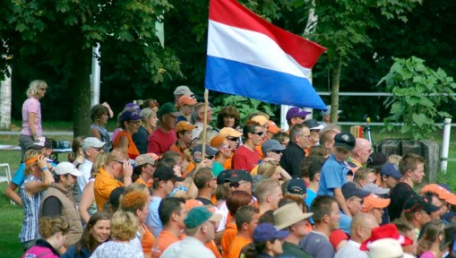 this many, and more, Dutch fans followed each of their drivers from obstacle to obstacle and offered their support all day (photo by A.J.)
